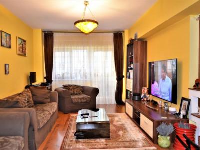 Apartament 4 camere, zona Trocadero