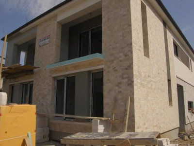 Palazu Mare -Vila P+1E in Duplex