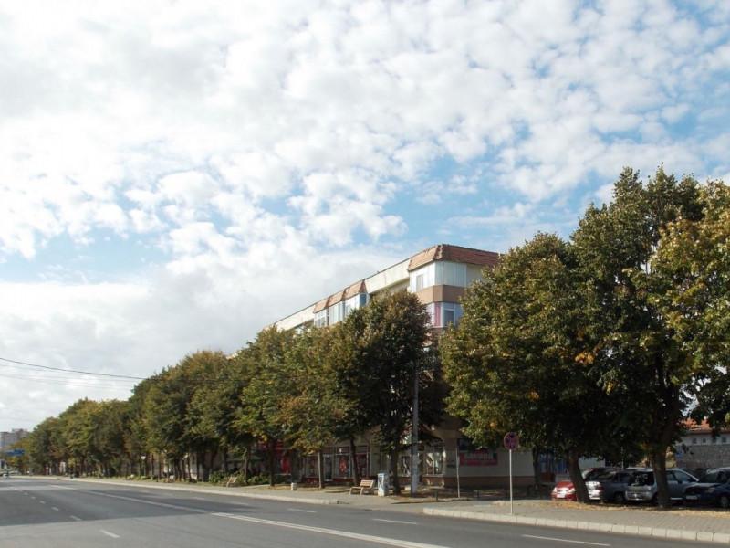 MANGALIA - GARĂ - Apartament 3 camere decomandat!