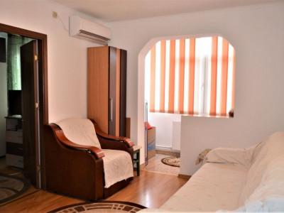 Apartament cu 2 camere in zona Dorally