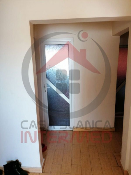 Apartament 3 camere de vânzare în Năvodari